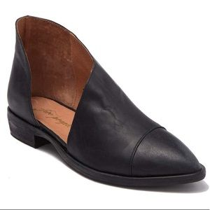 Free People Royale Pointy Toe d'Orsay Leather Flat